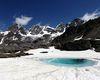 il gruppo del Bernina e laghetto glaciale