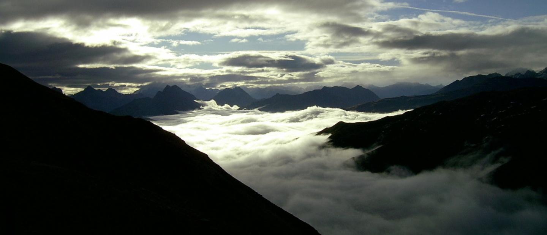 Alba con nuvole al rifugio Cassana