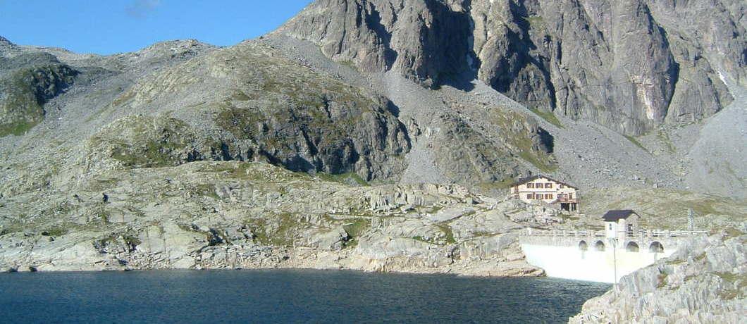 Tita Secchi e lago della Vacca
