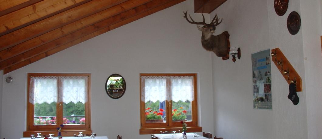 Sala pranzo rifugio poschiavino