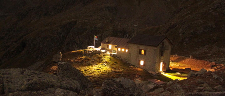 rifugio tonolini di notte