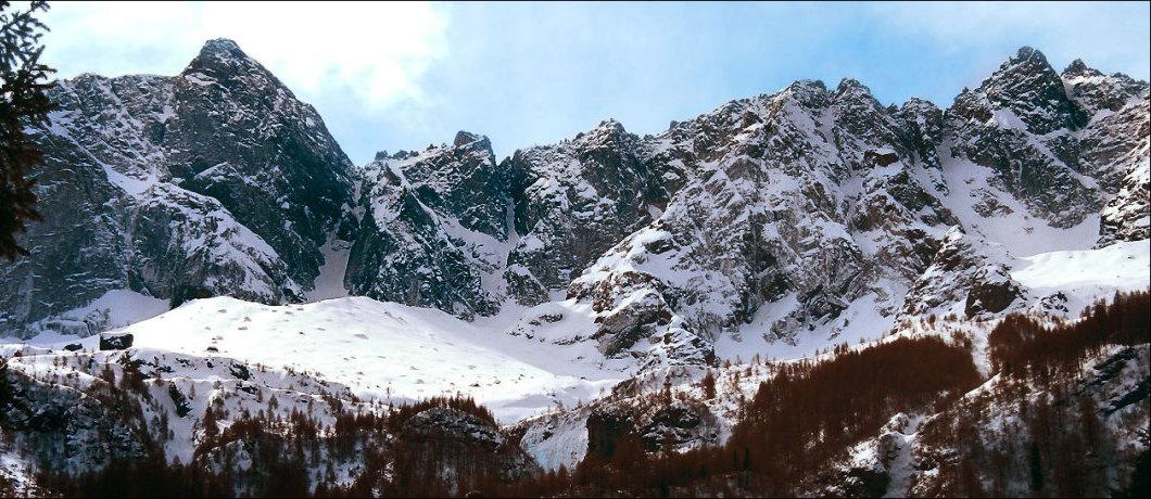 Panoramica delle cime dell'Arnasca (Alpe Coeder, So)