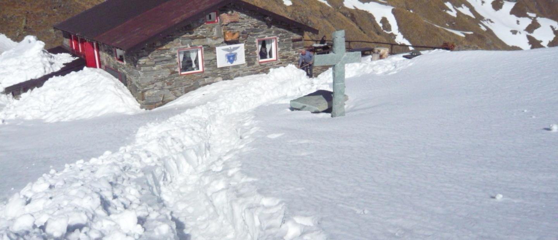 Rifugio Tagliaferri nella neve