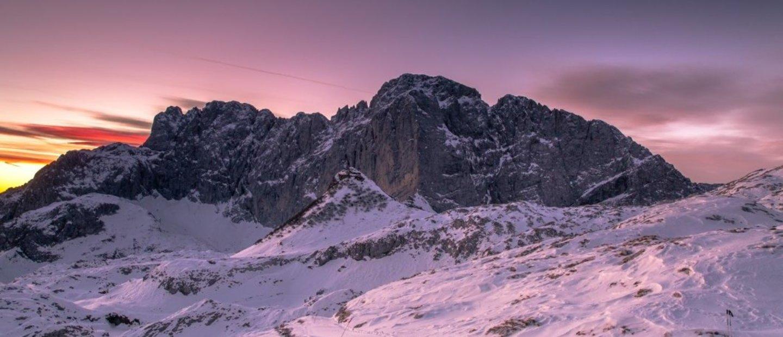 Camminare nella neve al cospetto della Presolana