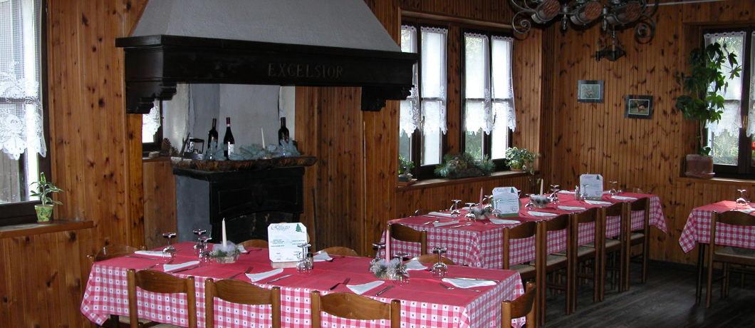 sala pranzo rifugio roccoli lorla
