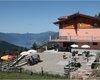 Foto estiva con vista lago di Como