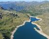 Il rifugio con il laghi Gemelli il lago Becco e lago Marcio.