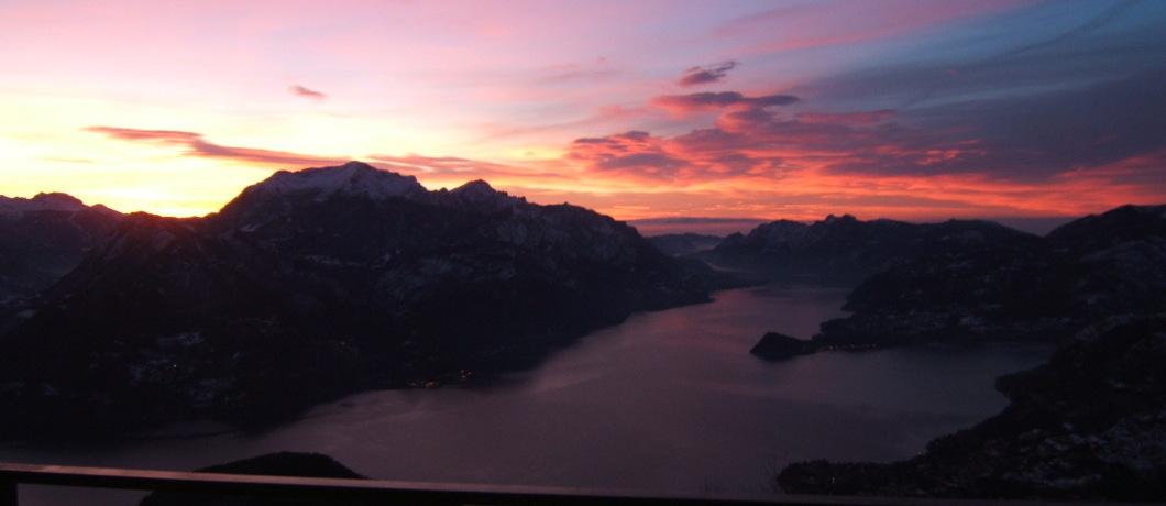 tramonto lago di como