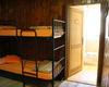 Camera con bagno privato e doccia.