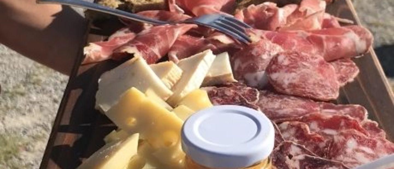 Salumi del norcino, formaggi d'alpeggio, marmellate biologiche