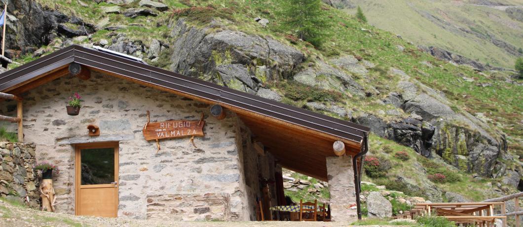 Sala da pranzo con terrazza
