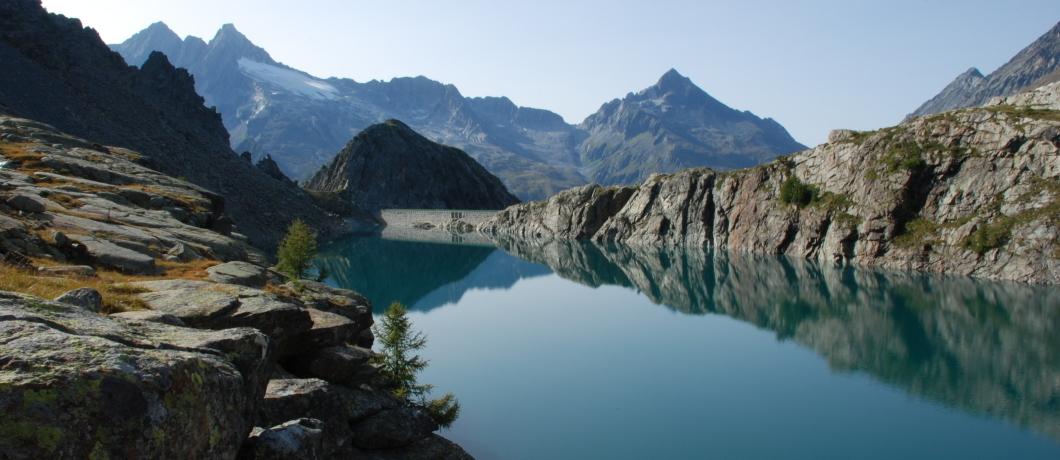 Vista dal rifugio Ventina sul lago Valmalenco