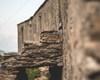 La facciata posteriore del rifugio, in tutta la sua lunghezza